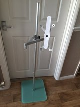 Floor Stand Mount in Lakenheath, UK
