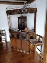 Solid Wood Bar with Upper Glass Rack and 4 Barstools in Ramstein, Germany