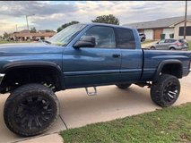 Dodge Ram 2500 in Fort Hood, Texas