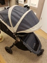 baby jogger mini GT stroller with travel bag and accessories. in Stuttgart, GE