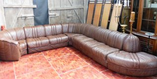 Huge Leather Component Couch. Can be put together how you want in Ramstein, Germany