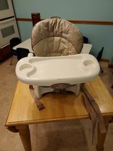 baby chair in Westmont, Illinois
