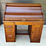 1880 - 1910 Era Antique ROLL TOP Desk - VERY old! in Kingwood, Texas