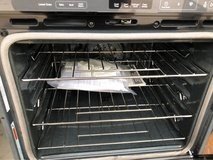 27 inch whirlpool oven in Tomball, Texas