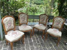 4 pretty vintage french chairs Marie Antoinette in Ramstein, Germany