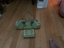Cole Hann handbag and wallet in Glendale Heights, Illinois
