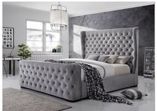 United Furniture - Ritz 2 - KS Bed+2 NS+Foam Memory Pillow Top Mattress+Delivery in Grafenwoehr, GE