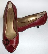 Sz: 7M Anne Klein Leather Oxblood Heels / Pumps in Chicago, Illinois
