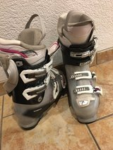 Ladies Ski boots size 27 in Stuttgart, GE