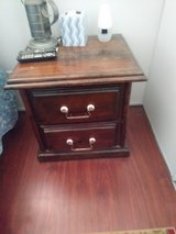 chest of drawers & night stand in Alamogordo, New Mexico