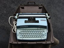 SMITH CORONA ELECTRIC TYPEWRITER in Aurora, Illinois