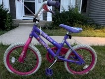 MOVING SALE! Children's bike in Glendale Heights, Illinois
