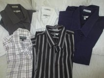 Yioung Men's Express, Guess, Banana Republic and English Laundry shirts in Glendale Heights, Illinois