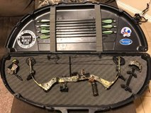 Parker Wildfire XP Compound Bow in Lackland AFB, Texas