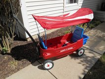 Radio Flyer Kids Wagon with Canopy in Excellent Condition in Aurora, Illinois