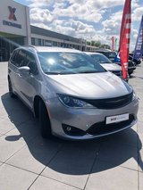 2019 PACIFICA TOURING-L PLUS in Spangdahlem, Germany