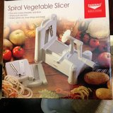 Paderno Veggie Spiralizer, NIB in Fort Campbell, Kentucky