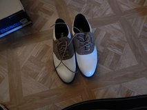 REDUCED!! Ladies Golf Shoes Size 8 Never worn in Alamogordo, New Mexico