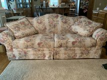 Traditional floral sofa in Fort Leavenworth, Kansas