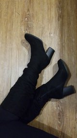 Heeled Boots Size 8 in Beaufort, South Carolina