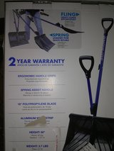 "Snow Shovel New in box,18""Blade,3.7lbs. in Fort Lewis, Washington"