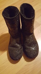 UGG black sparkle boots woman/juniors size 7 in Bolingbrook, Illinois