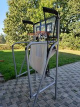 basketball arcade game in Ramstein, Germany