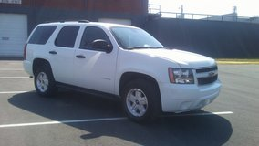 2008 Chevy Tahoe.....4x4...Tow package!! in Fort Campbell, Kentucky