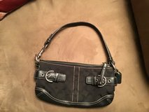 Authentic Mini Coach Hand Bag in Houston, Texas