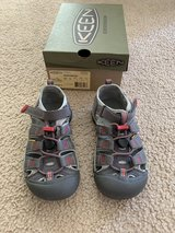 Keen Newport H2...size 13 in Aurora, Illinois
