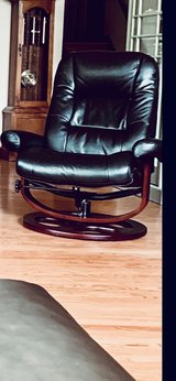 Leather Swivel Reclining Chair (With Foot Stool) in Aurora, Illinois