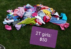 2T girls clothes- HUGE lot in Joliet, Illinois