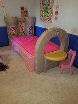 kids bed in Glendale Heights, Illinois