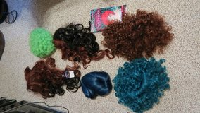 lots more of   wigs ( phone only cant text ) in Okinawa, Japan