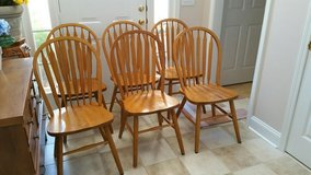 6 Solid Oak Dining Chairs w/Table in Macon, Georgia
