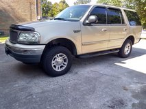 1999 Ford Expedition XLT in Fort Campbell, Kentucky