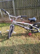 Bike Mongoose in Fort Campbell, Kentucky