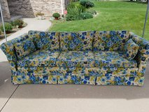 Vintage Sofa/Couch in Plainfield, Illinois