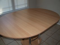 Must Go asap (28.): Wood/Metal Dining Table in Wiesbaden, GE