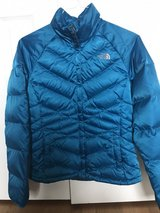 Women's The North Face Down Jacket Size Small in Joliet, Illinois