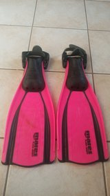 Mares fins Size X-Small in Spring, Texas