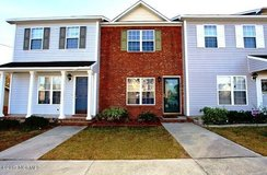 208 Meadowbrook ln in Camp Lejeune, North Carolina