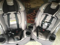 2 Safety 1st Grow & Go 3-in-1 Convertible Car seat in Quantico, Virginia