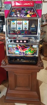 Skill Stop Slot Machine With Stand in Fort Leonard Wood, Missouri