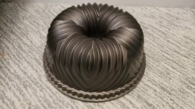 "Nordic Ware 9"" Bundt Pan #2 in Naperville, Illinois"