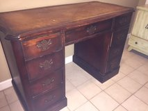 Lovely Leather Top Desk in Warner Robins, Georgia