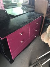 Six drawer wooden dresser paint needs touched up in 29 Palms, California