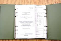 Commanders Battle Book  Tactical Aide Memoire 1988 Army Code 71384 (D/DAT/13/34/34) in Lakenheath, UK
