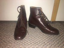 Women's Brown Leather Boots - Sz 7.5 Shoes in Chicago, Illinois