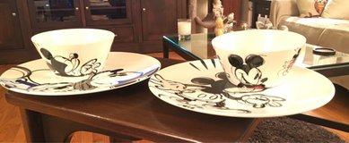 2 Mickey Plates & 2 Bowls in Naperville, Illinois